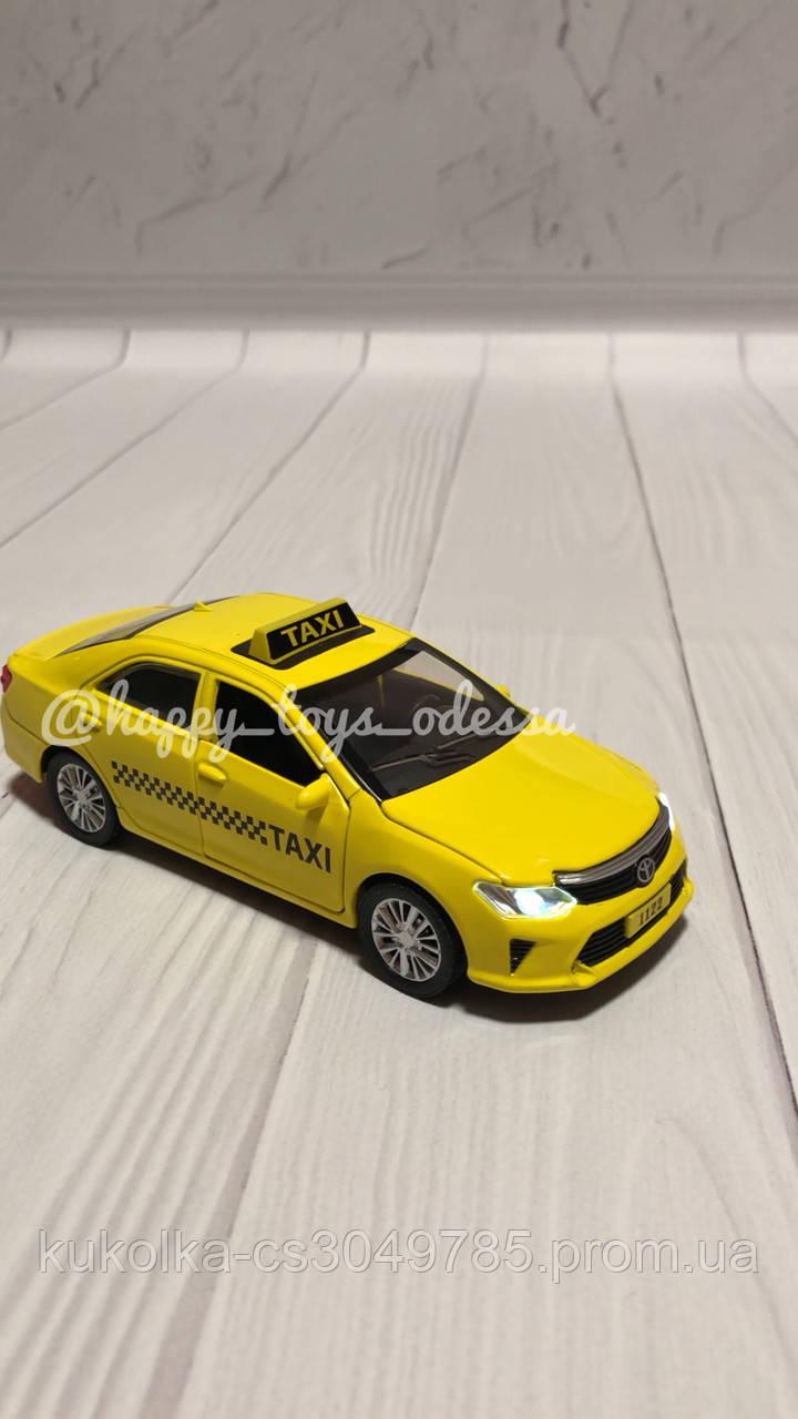 Машинка инерционная « Такси »