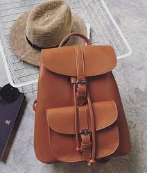Рюкзак женский стильный с карманами рыжий.