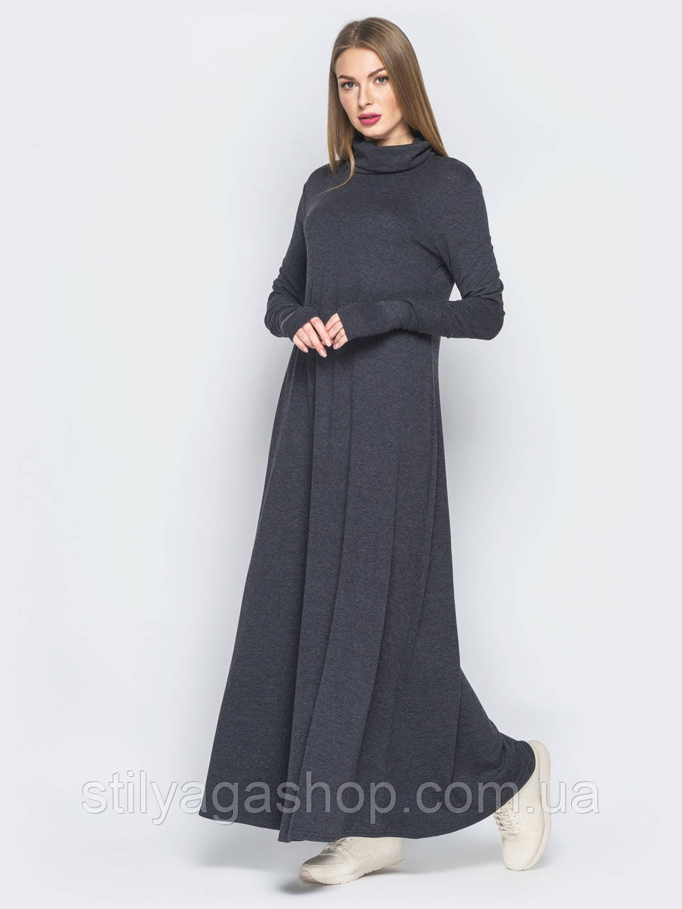 Затишне тепле плаття-максі вільного крою з рукавами-мітенками