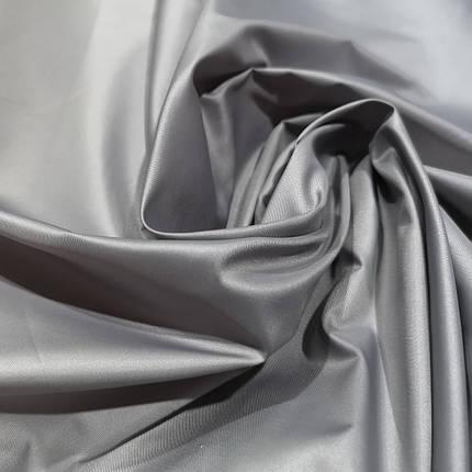 Плащевая ткань лаке светло- серая, фото 2