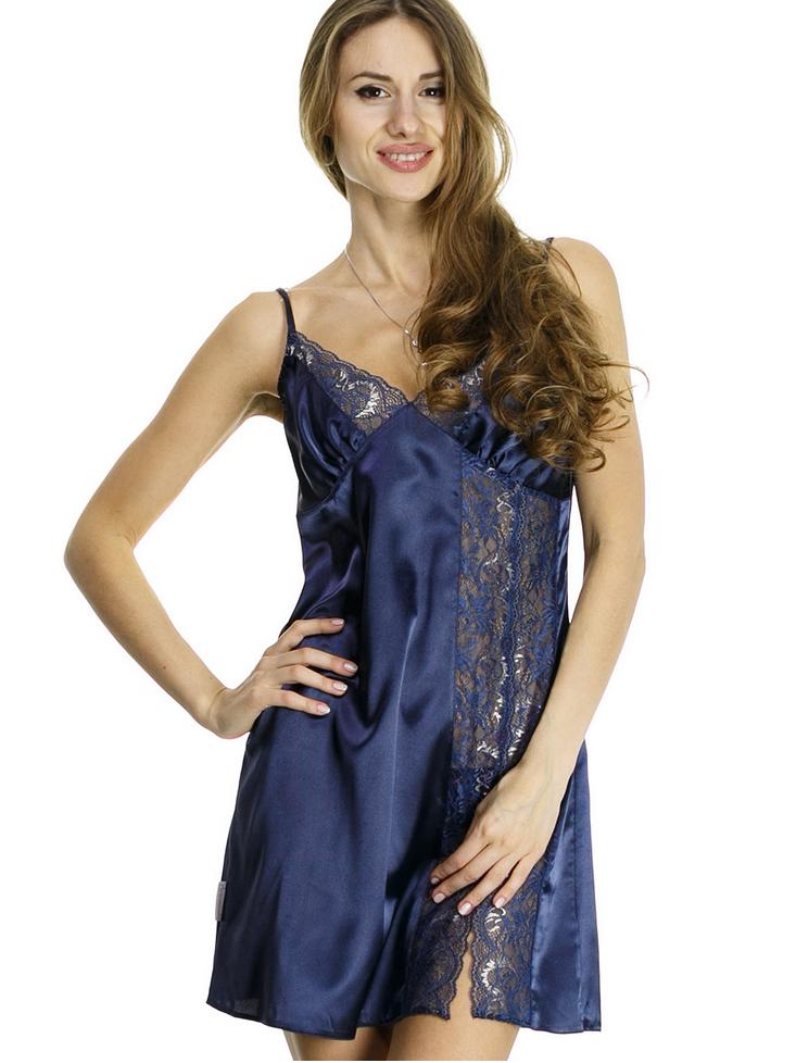 Шелковая ночная рубашка синего цвета