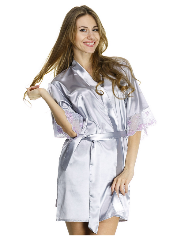 Женский халат из шелка с ажуром