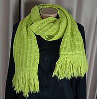 Жіночий вязаний шарфик, шарф. б/у. стан супер
