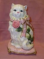 Кошка фарфоровая декоративная статуэтка фигурка сувенир 23 сантиметров высота