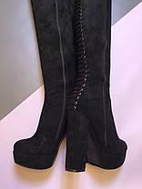 Замшеві ботфорти на стійкому високому каблуці чорного кольору блискавка до верху і прикрашені шнурівкою Код 1956, фото 3