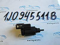 Датчик стоп сигнала VAG 1K2945511