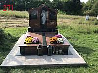 Памятник двойной из гранита лезники и габбро под будущее захоронение, фото 1