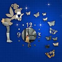 3-D часы дюймовочка с бабочками зеркальные.