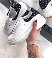 Женские кроссовки Adidas Alexander McQueen white black. Живое фото (Реплика ААА+)