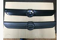 Зимняя решетка радиатора Opel Vivaro 2001-2007 Верх Матовая