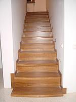 Деревянная лестница из массива дуба или ясеня ST2
