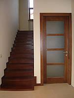 Деревянная лестница из массива дуба или ясеня ST4