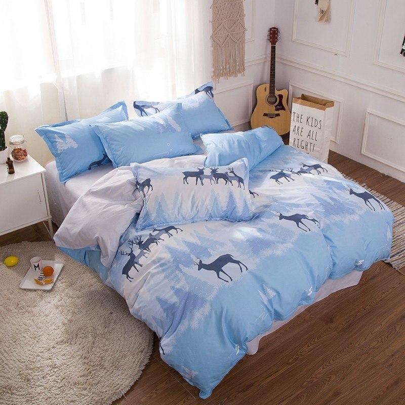 Синий комплект постельного белья с оленями  (полуторный)