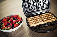 Вафельница для бельгийских вафель DOMOTEC MS-0505