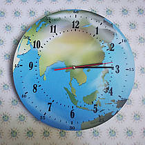 Часы Планета Земля