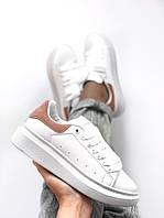 Женские кроссовки Alexander McQueen   белые с бежевым   кожаные   ТОП ААА+  реплика bd5e053d650