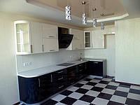 Кухни с фасадами зкзотического шпона
