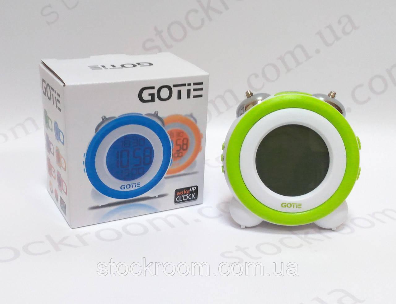 Электронный будильник зеленый GOTIE GBE-200 Z настольный