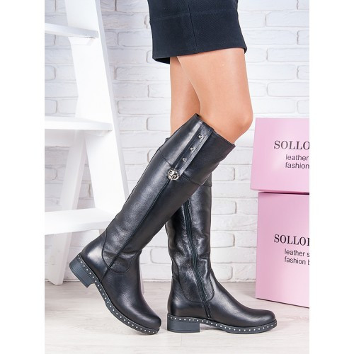 Женские зимние кожаные сапоги  на удобном каблуке