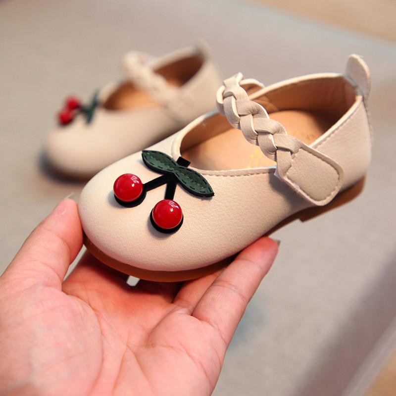 Модні туфельки для дівчаток 2ccf075f73ee0