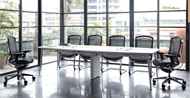 кресло для конференций