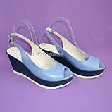 """Босоножки женские голубые кожаные на устойчивой синей платформе от производителя ТМ """"Maestro"""", фото 4"""
