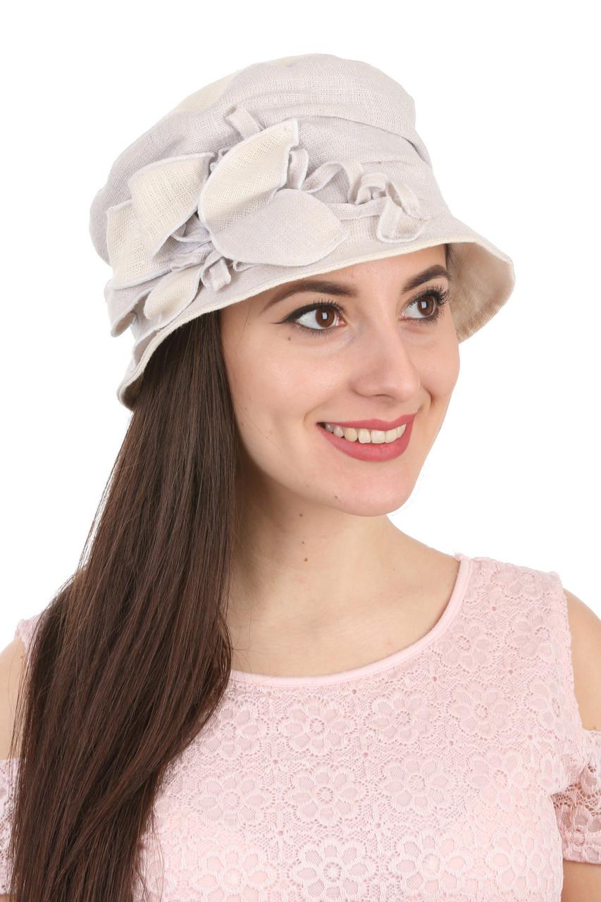 Шляпа тканевая с оригинальным украшением