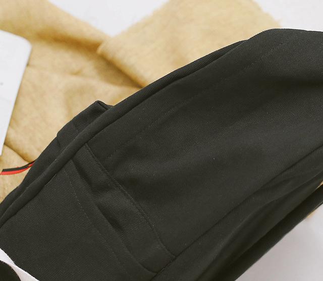 Рюкзак чёрный детальнее сбоку