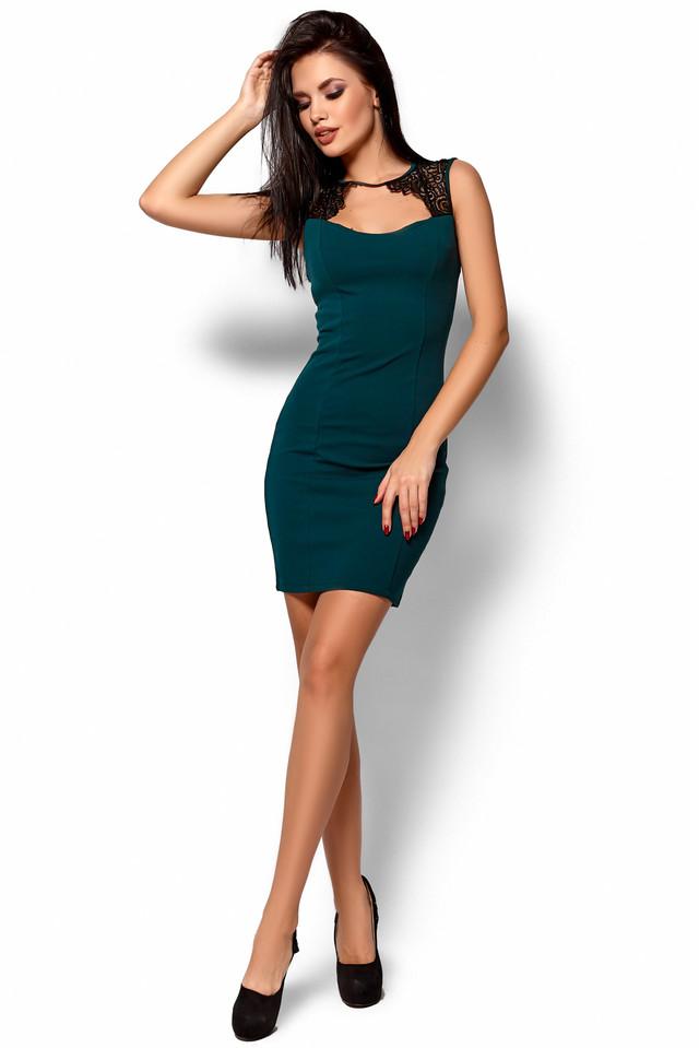 39e054df9eb Платье мини приталенное без рукав кружевная вставка темно зеленое ...