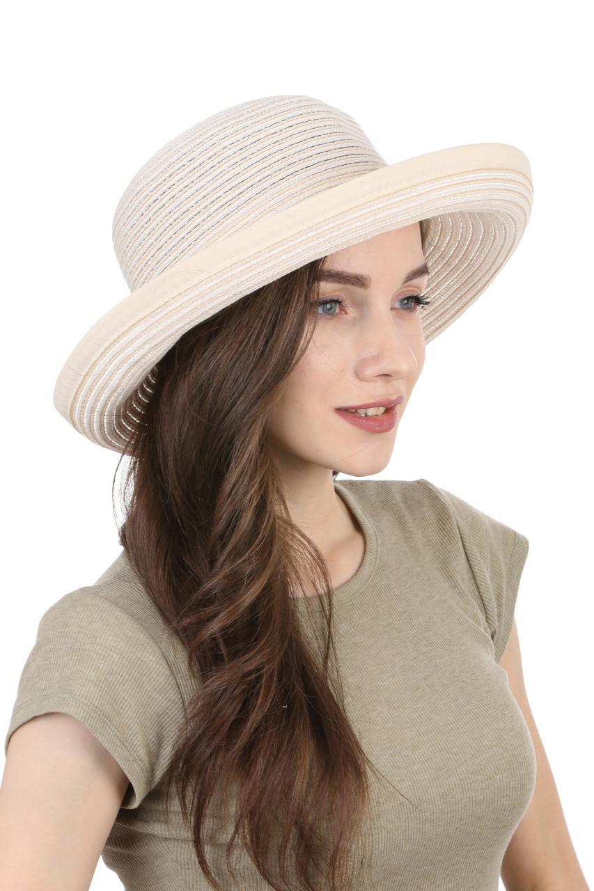 Легкая летняя шляпа молочная