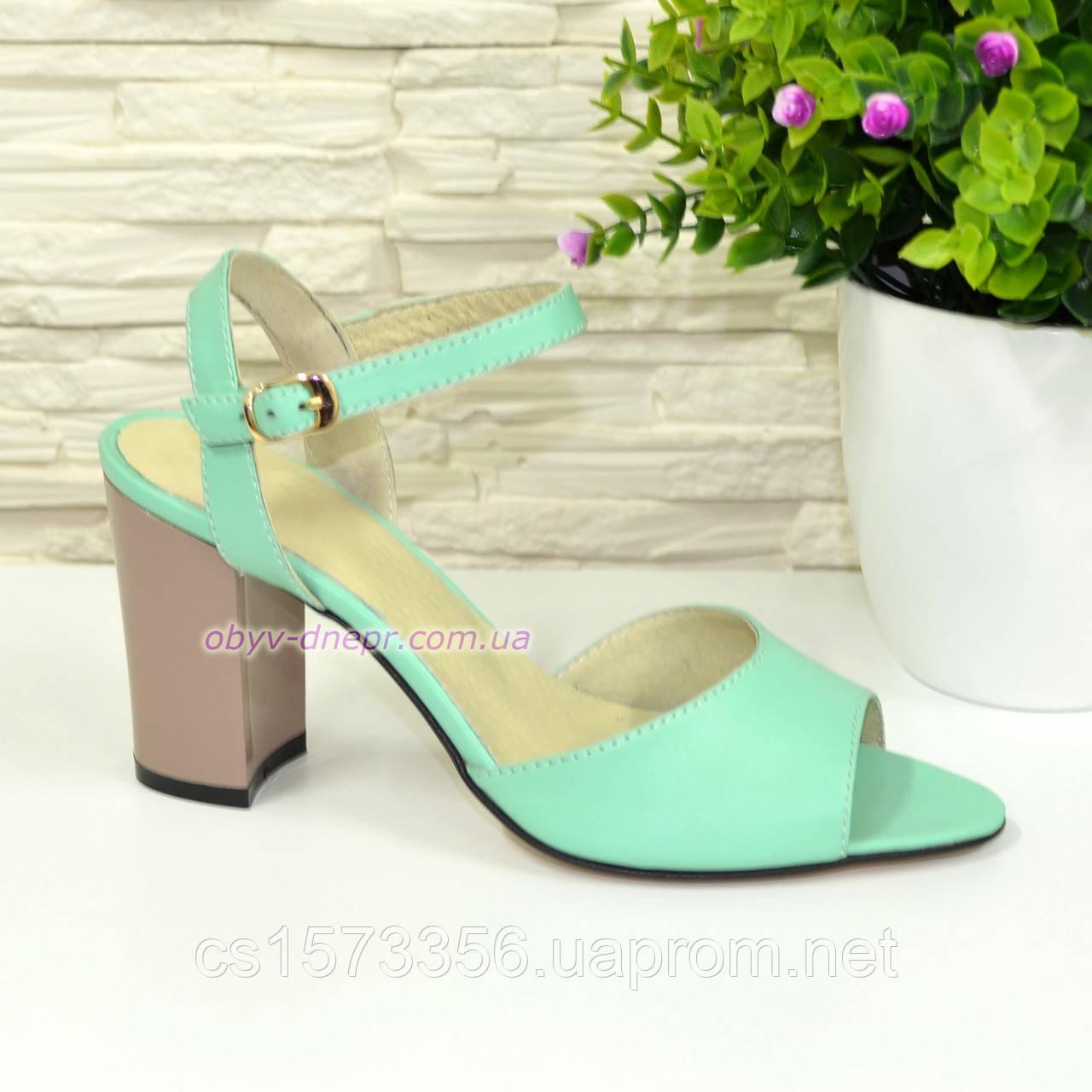 Женские кожаные босоножки на устойчивом каблуке, цвет мята