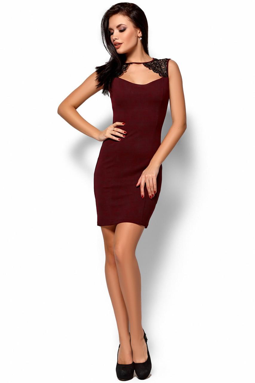 Стильное платье выше колен по фигуре без рукав кружевная вставка декольте марсала