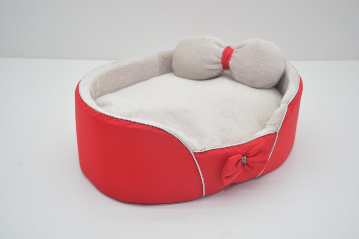 Лежанка для собак и кошек VIP Плюш красная №2 375х495х100