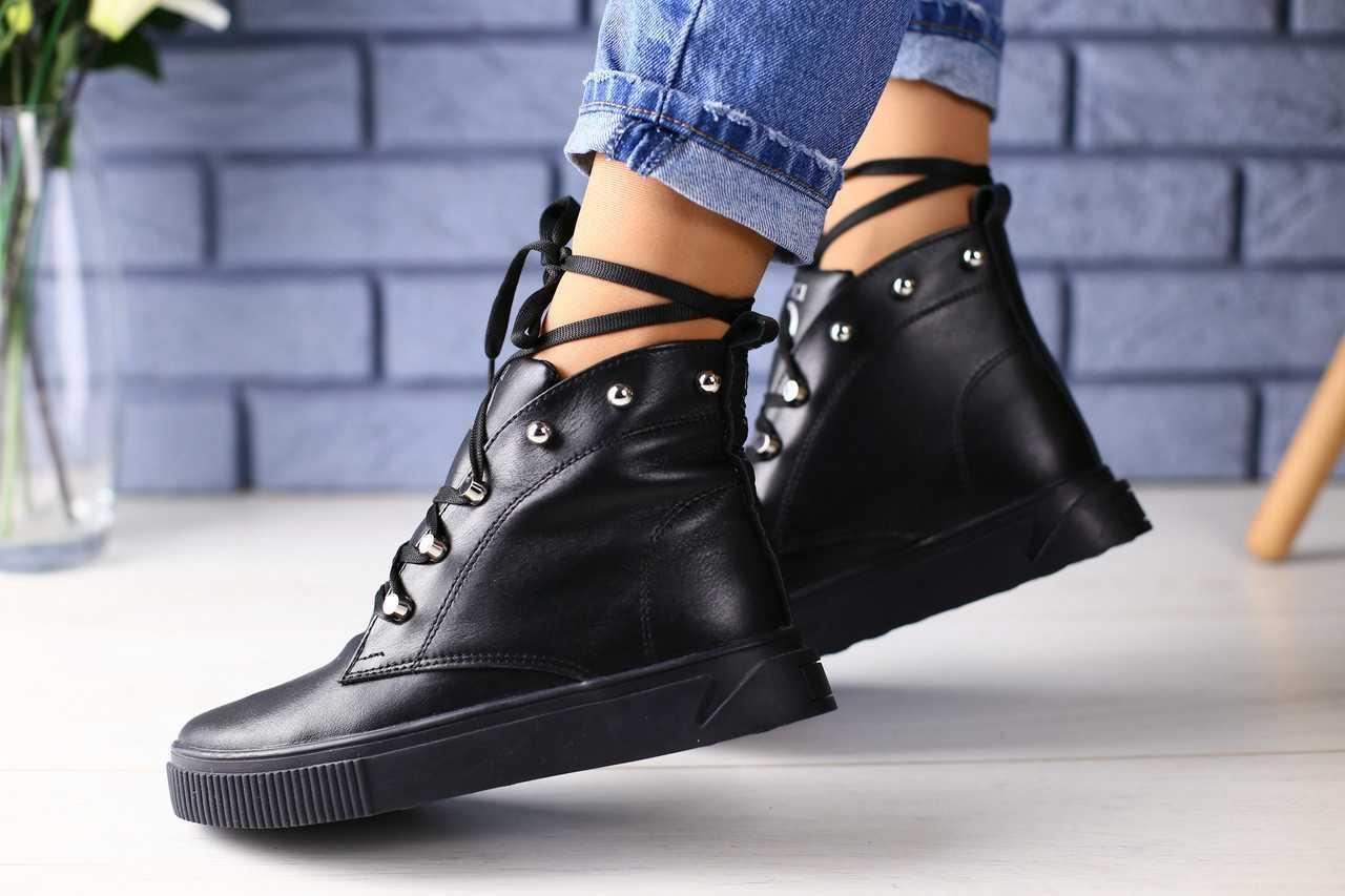 93931f50 Ботинки женские Gucci кожаные весенние молодежные высокие на шнуровке с  шипами в черном цвете, ТОП