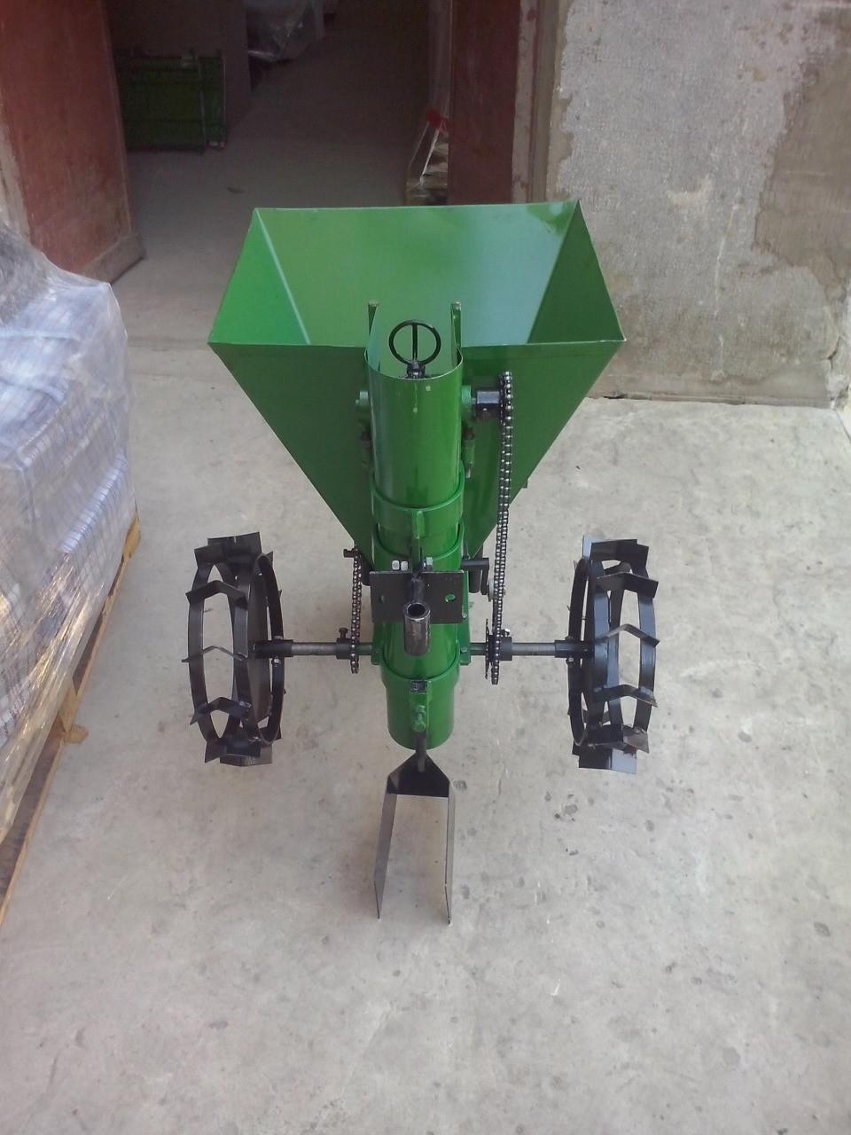 """Картофелесажалка ТМ ШИП """"Зеленая"""" (цепная, 30 л) с бункером для удобрений"""