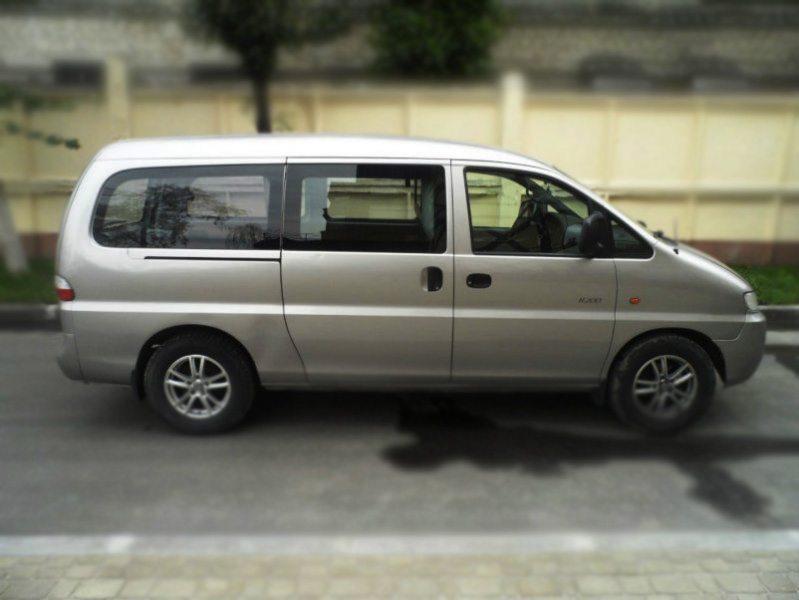 Боковое стекло правая сторона Hyundai H200/H1/Starex/Satellite (1997-2007), фото 1