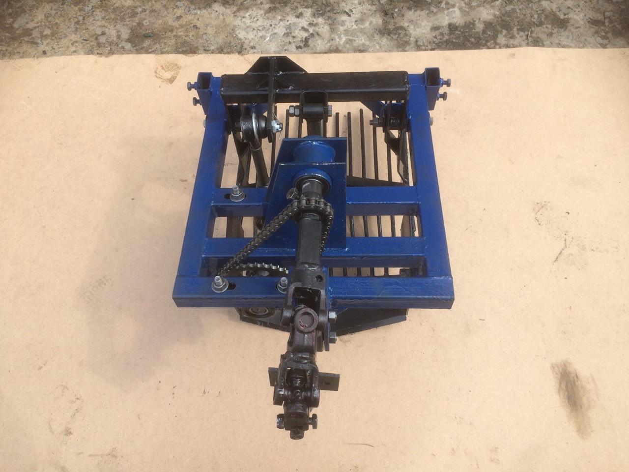 Картофелекопалка вибрационная под ВОМ мотоблока низкооборотистая! (для мотоблоков 105, 135, 1100 и т.д.)