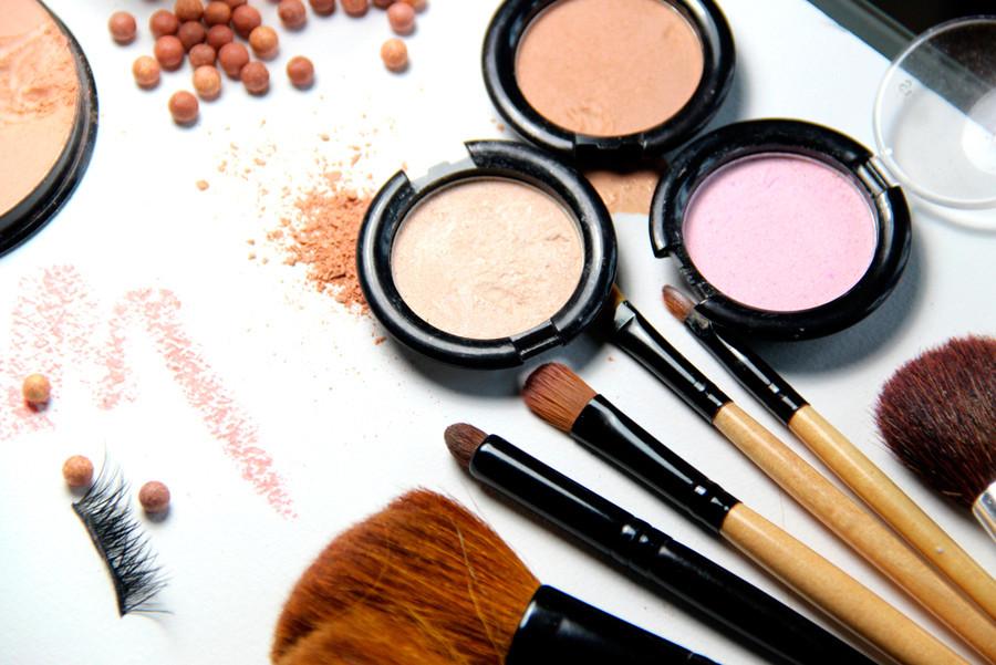 5 мифов о дешевой и дорогой косметике, в которые не стоит верить