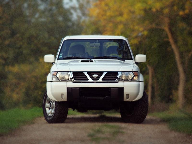 Лобовое стекло Nissan Pathfinder R51/Navara D40/Frontier/X-Terra (2005-), фото 1