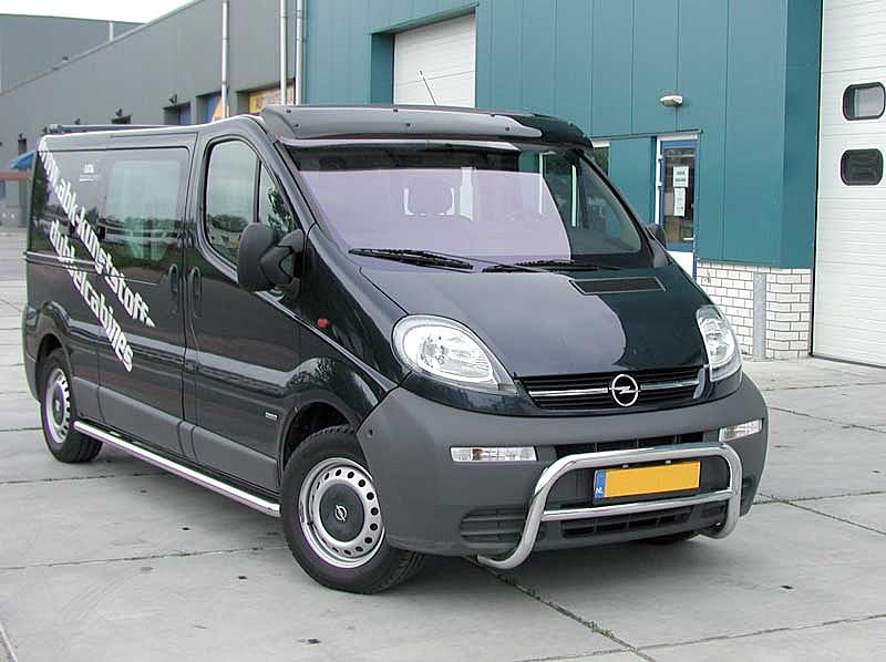 Козырек Renault Тrafic/Opel Vivaro (01-) / акрил.на креплении