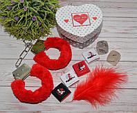 """Романтический набор с наручниками """"Love Box"""" с наручниками"""