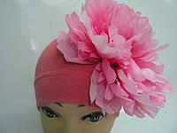 Шапочка коралловая с розовым пионом 20 см