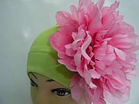Шапочка зеленая с розовым пионом 20 см