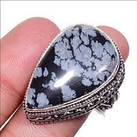 Крупный винтажный перстень. Снежный обсидиан в серебре