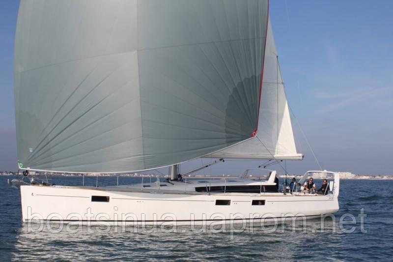 Парусная яхта Sense 55