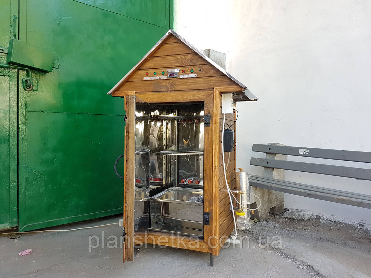 Коптильня 250л холодного и горячего копчения + просушка (нержавейка внутри, крыша домик)