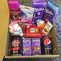 Подарочный набор Сладостей для ДЕВУШКИ / для ПОДРУГИ . Sweet Box Pink ( Сладкий бокс розовый )