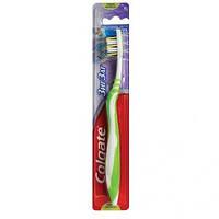 Зубна щітка Colgate Зіз Заг Плюс середня  (7610196003544)