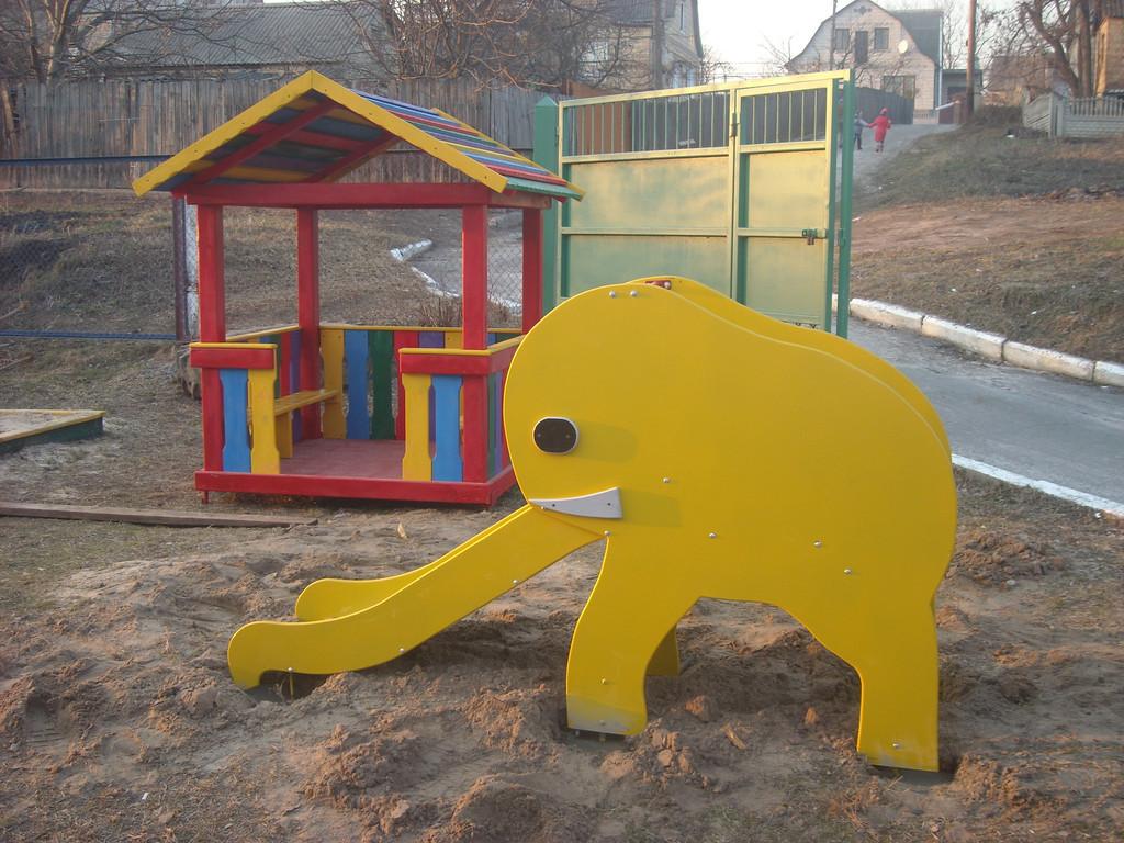 Детские площадки с. Музычи