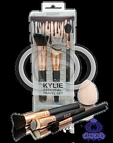 Набір кистей і спонж для макіяжу Kylie Essential Travel Set